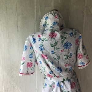 Vintage 1950's Searsucker Wildflower Robe